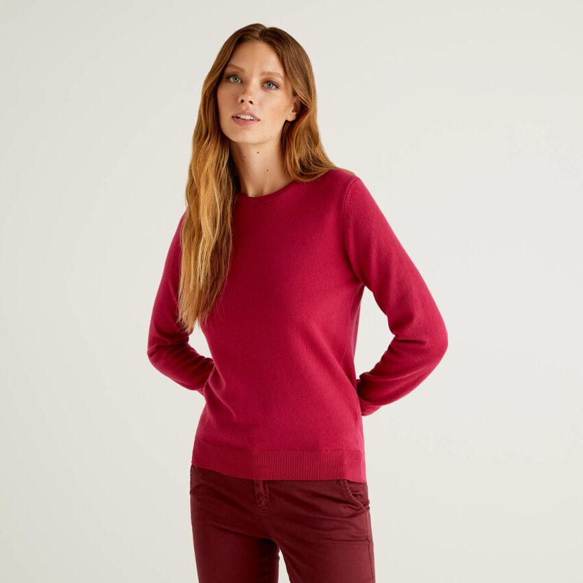 Jersey de cuello redondo color ciclamen de pura lana virgen