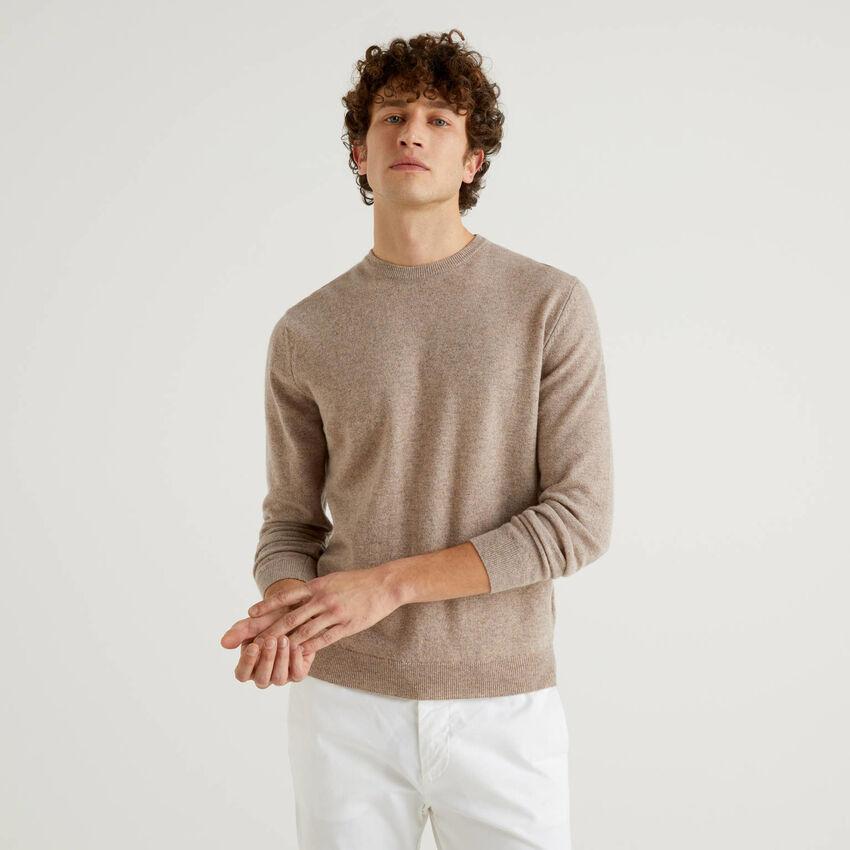 Jersey de cuello redondo gris paloma de pura lana virgen