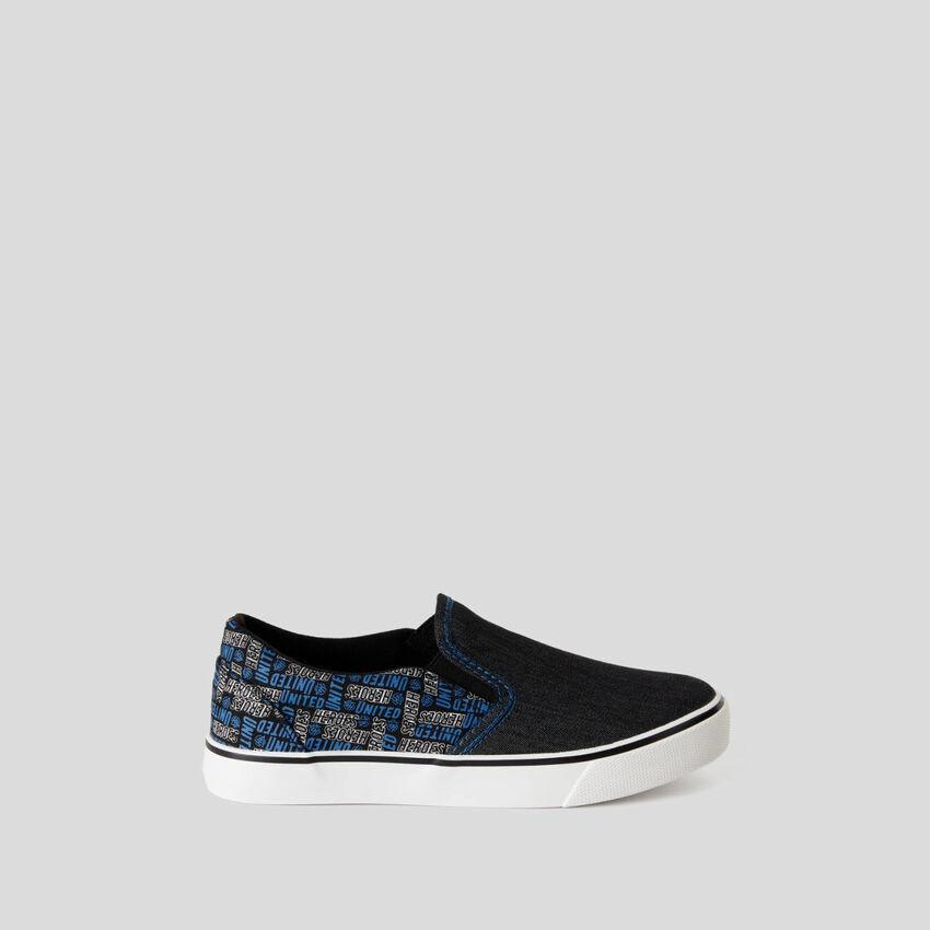 Sneakers de estilo skater de tela