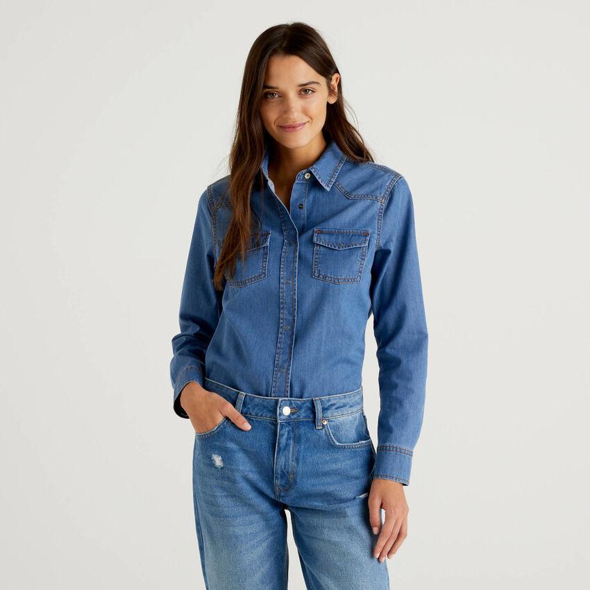 Camisa vaquera de estilo western
