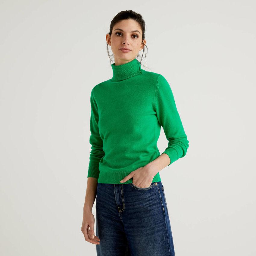 Jersey de cuello cisne verde de pura lana virgen
