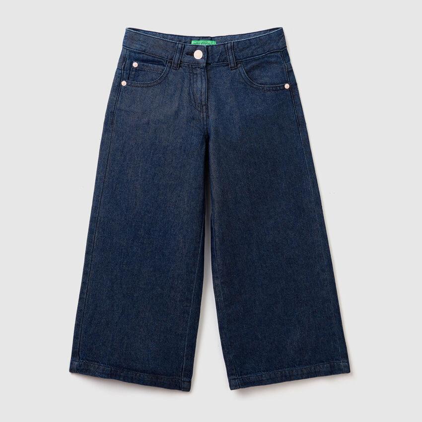 Pantalón vaquero amplio