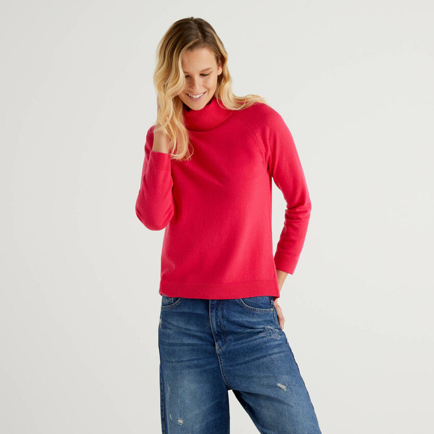 Jersey de cuello alto fucsia en mezcla de lana y cachemir