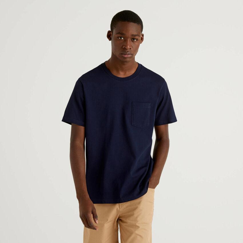 Camiseta de 100 % algodón con bolsillo