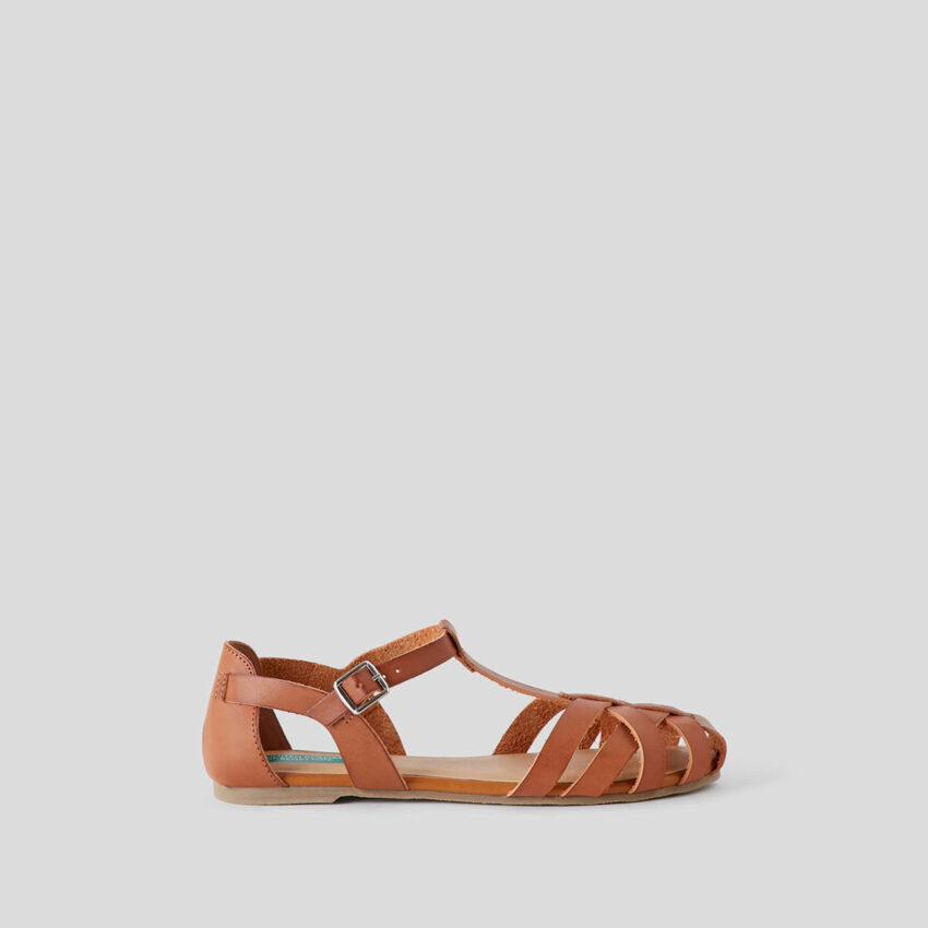 Sandalias planas trenzadas