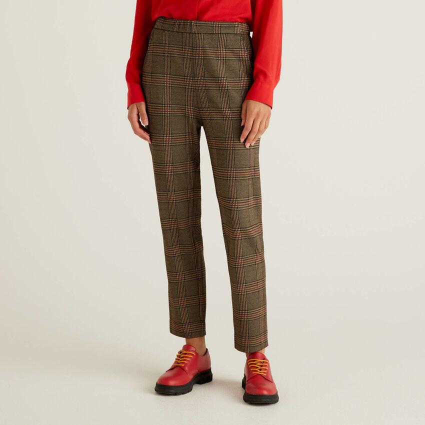 Pantalón estampado con elástico en la cintura