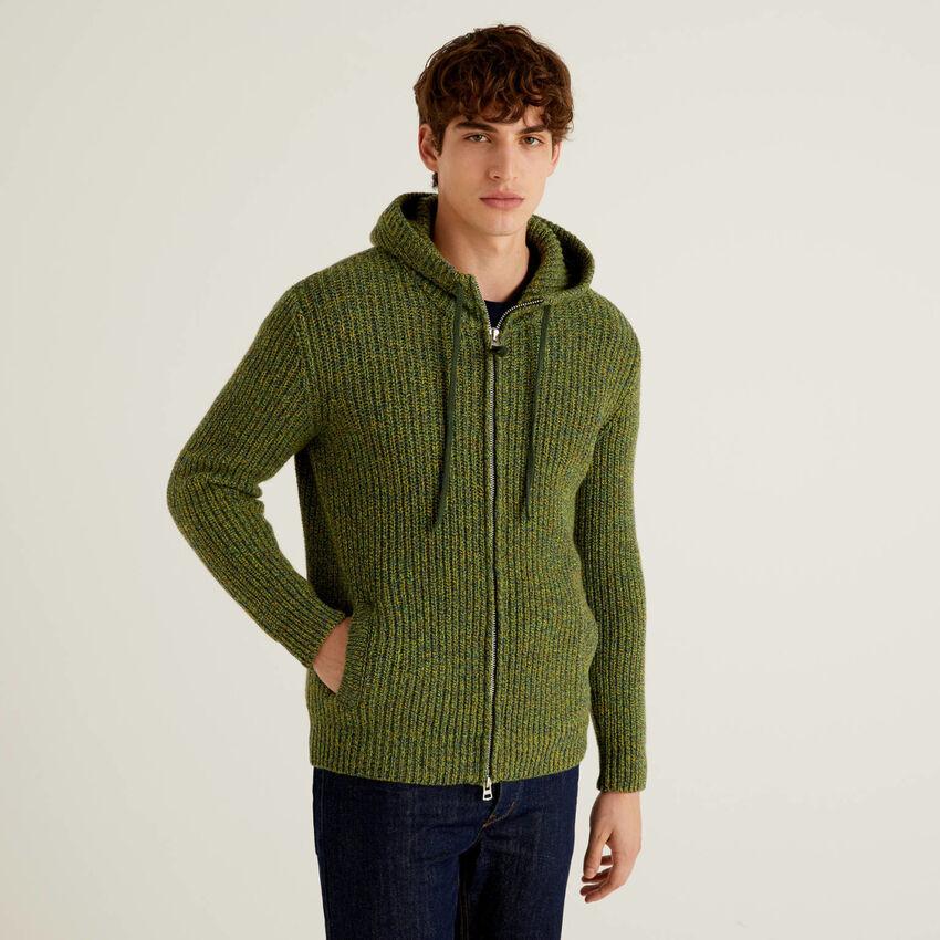 Jersey de lana Shetland con capucha