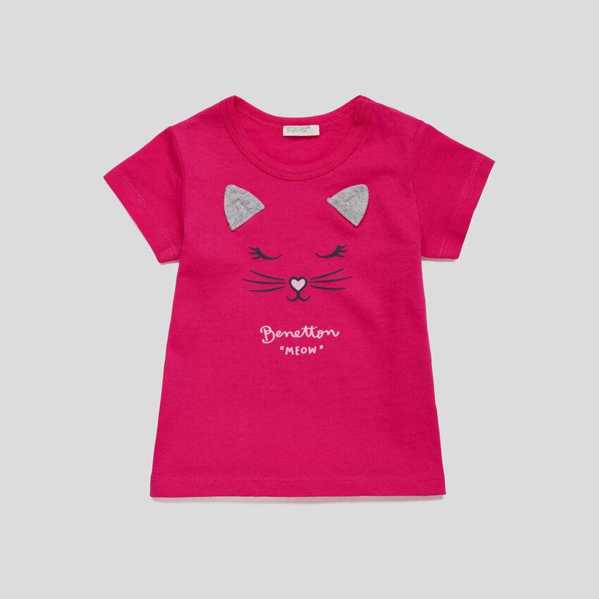 Camiseta con estampado y orejas