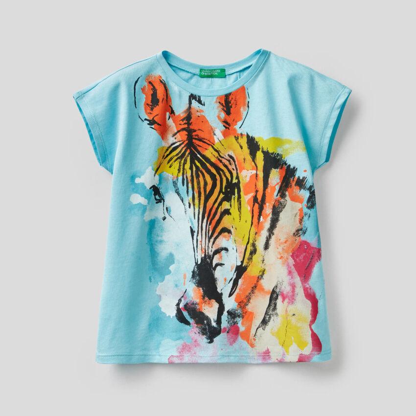 Camiseta con estampado de cebra multicolor