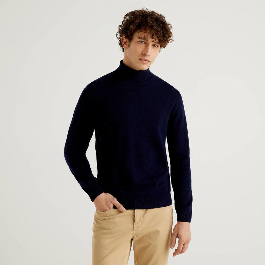 Jersey de cuello cisne azul oscuro de pura lana virgen