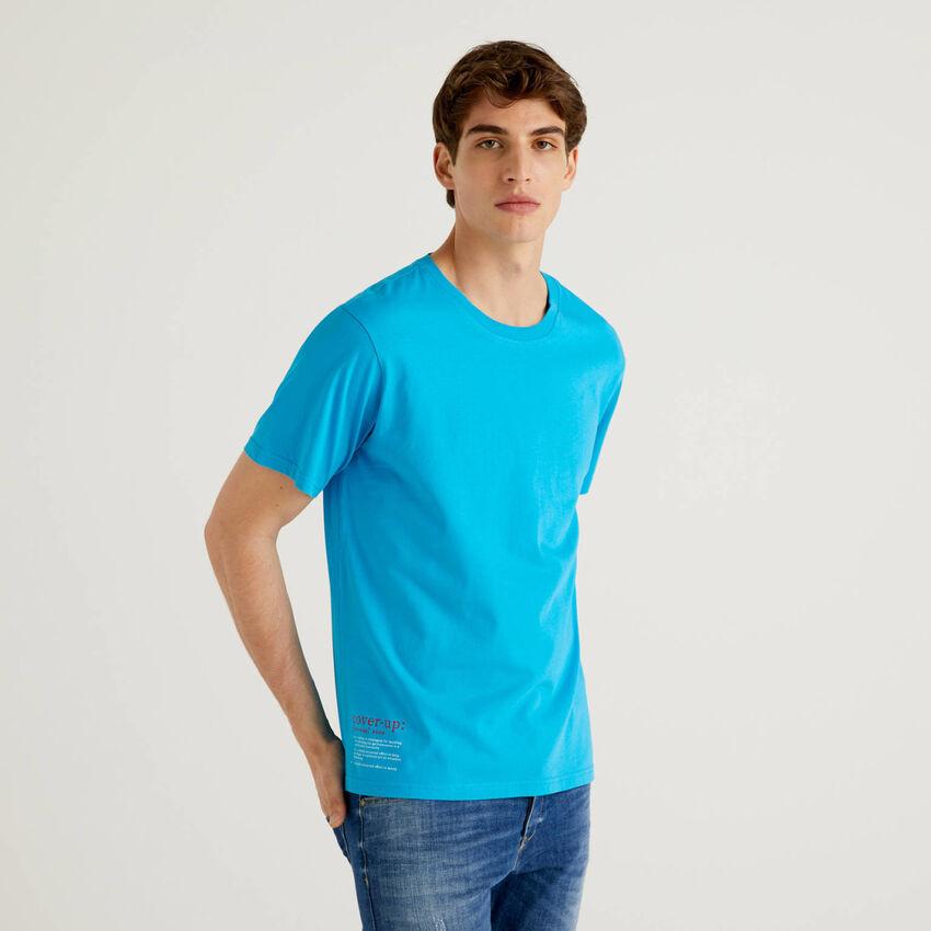 Camiseta azul de 100 % algodón con estampado
