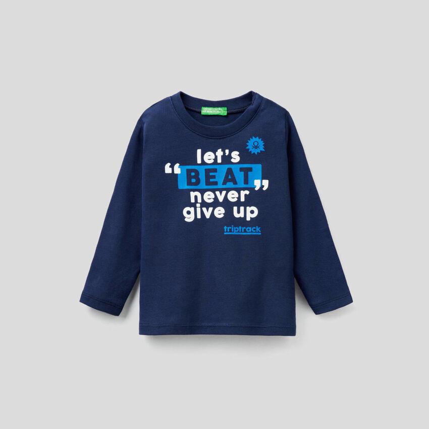 Camiseta de manga larga con estampado de eslogan
