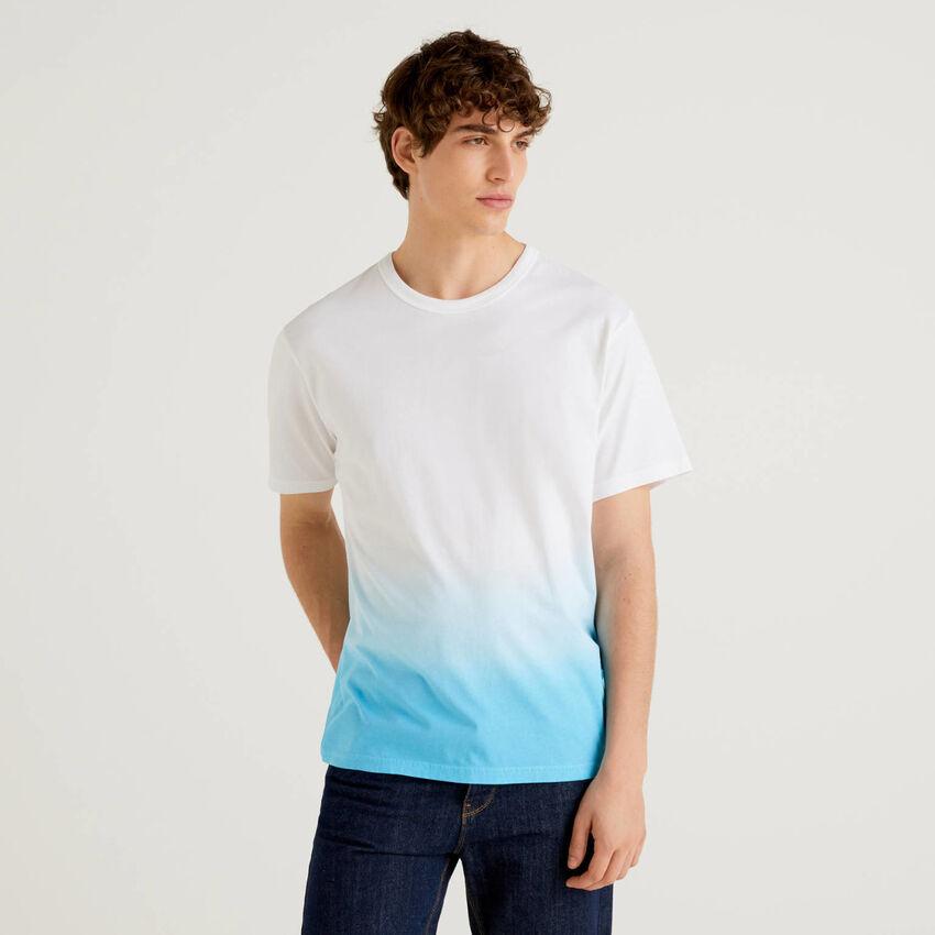Camiseta de 100 % algodón con efecto degradado