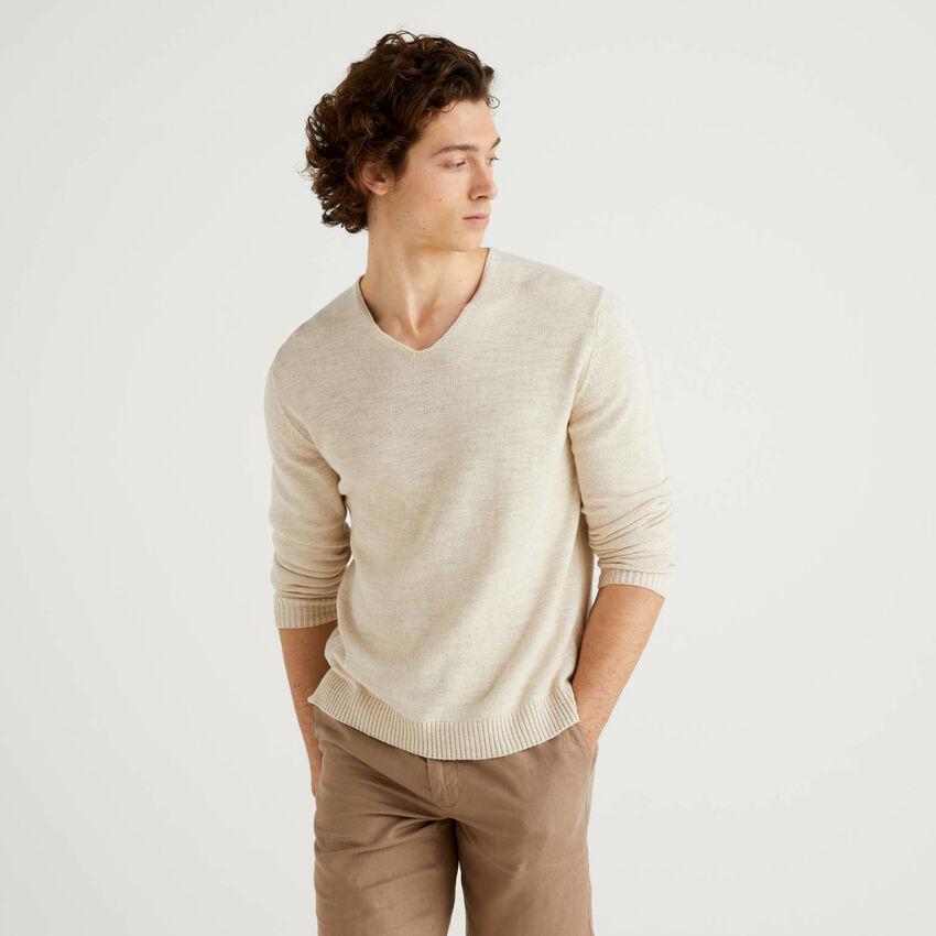 Jersey de algodón y lino mixto con escote de pico