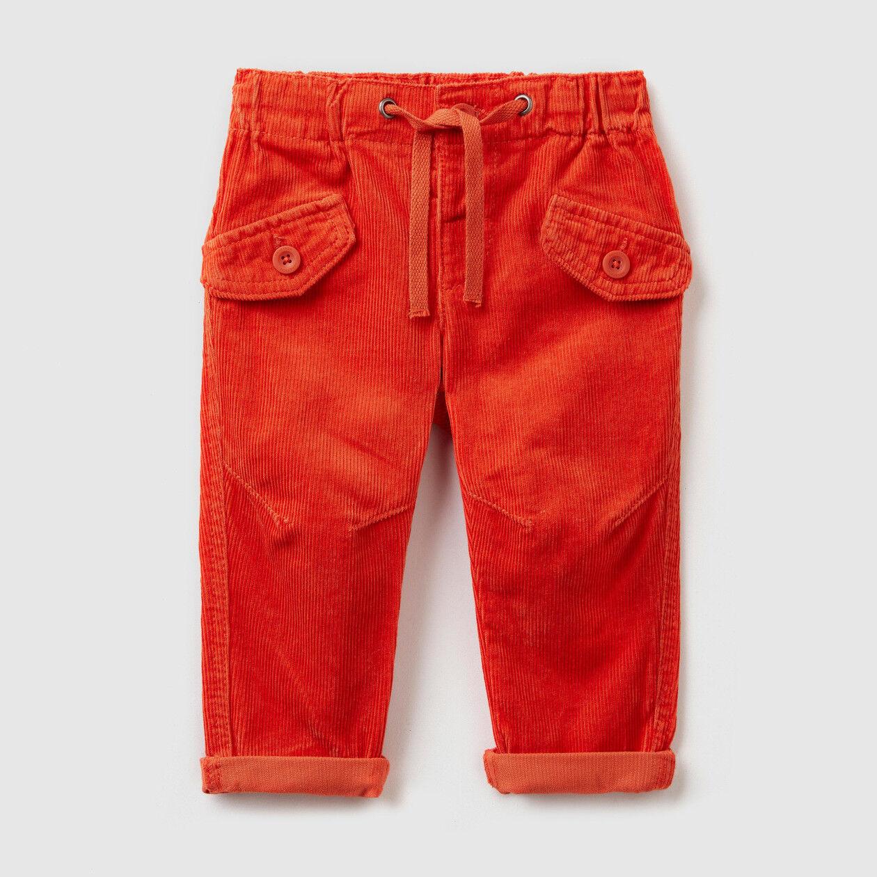 Pantalón de pana con cordón de ajuste