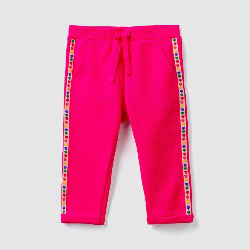 Pantalón de felpa con franjas