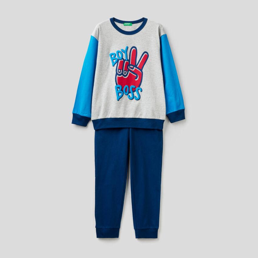 Pijama de algodón cálido y ligero