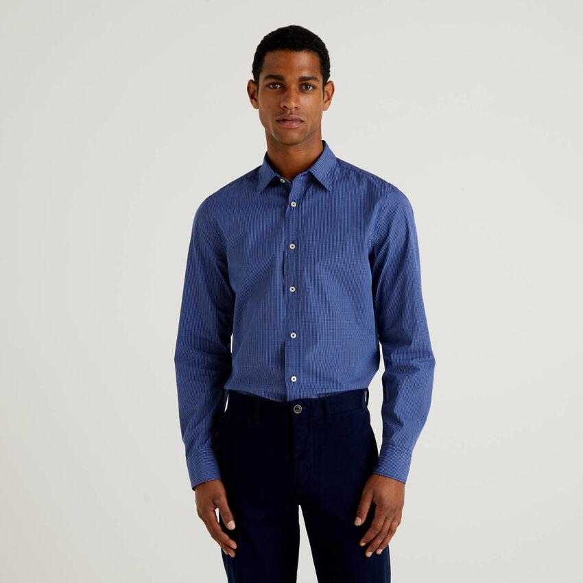 Camisa slim fit de 100 % algodón orgánico