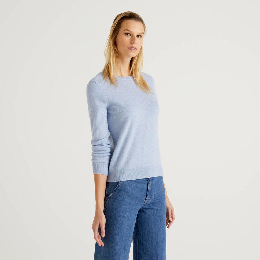 Jersey de cuello redondo celeste de pura lana virgen