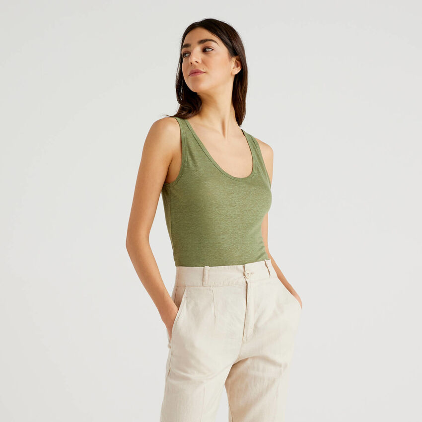 Camiseta de tirantes de lino