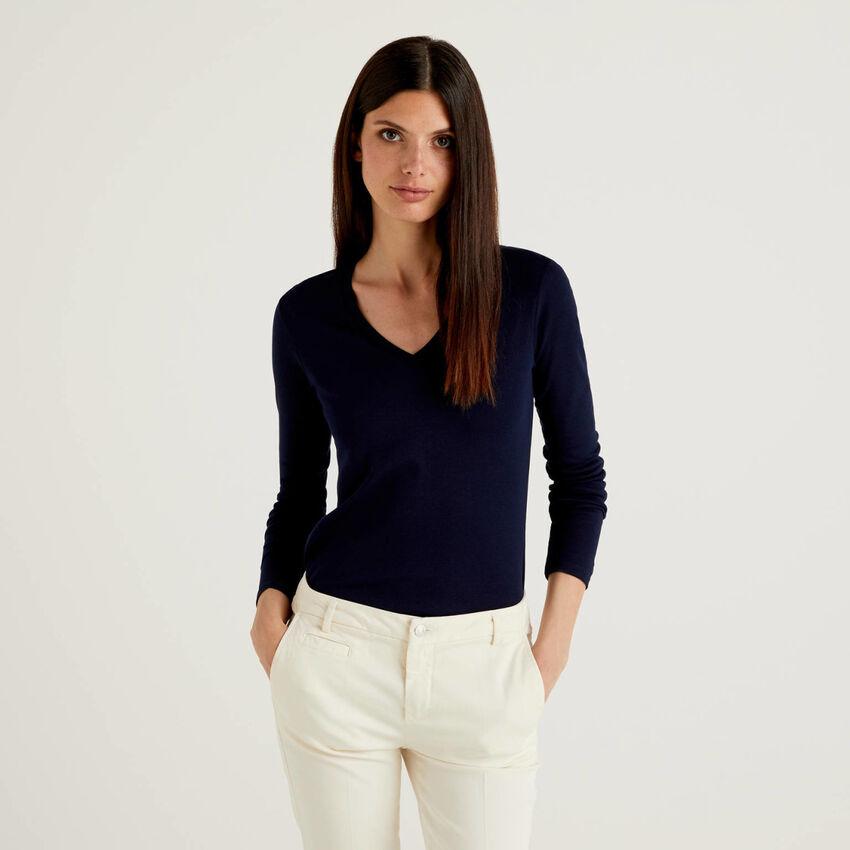 Camiseta de manga larga con escote de pico
