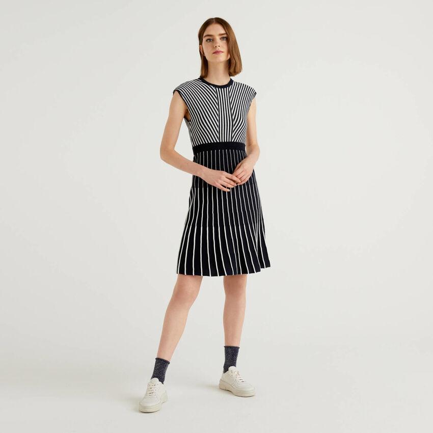 Vestido de punto labrado de 100% algodón