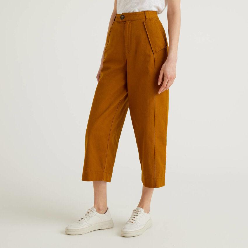 Pantalón de pernera amplia de 100% algodón