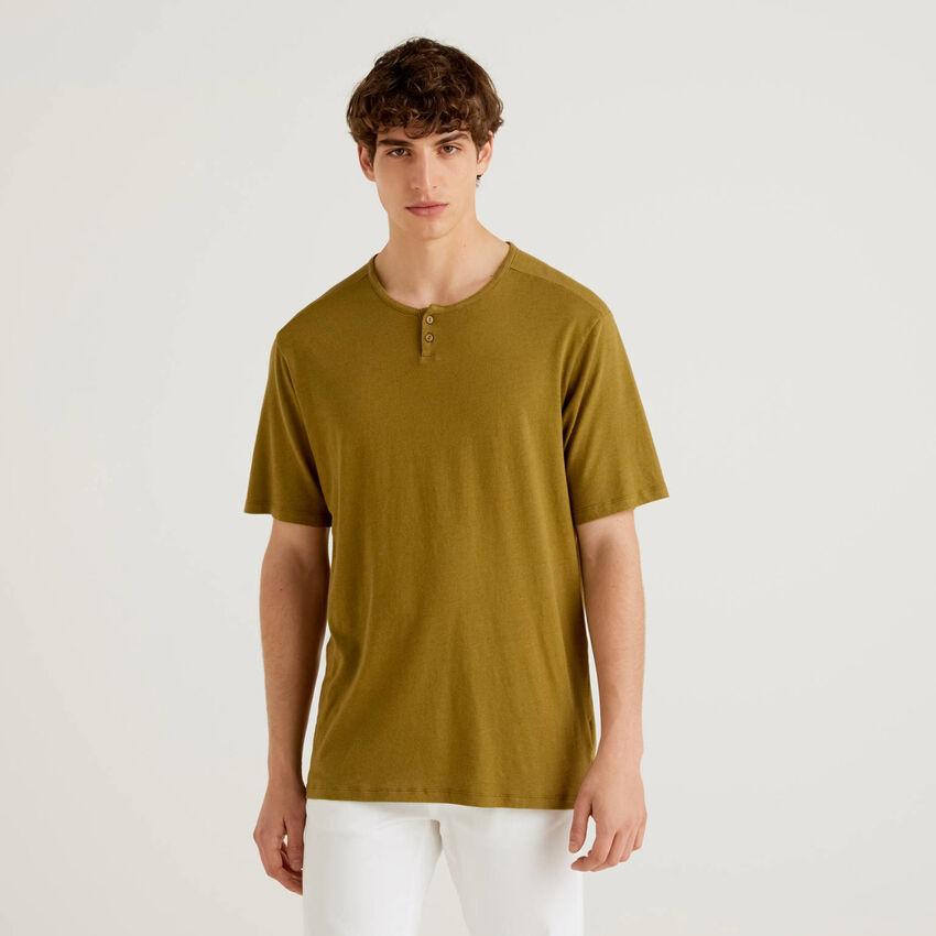 Camiseta de cuello tunecino de lino mixto