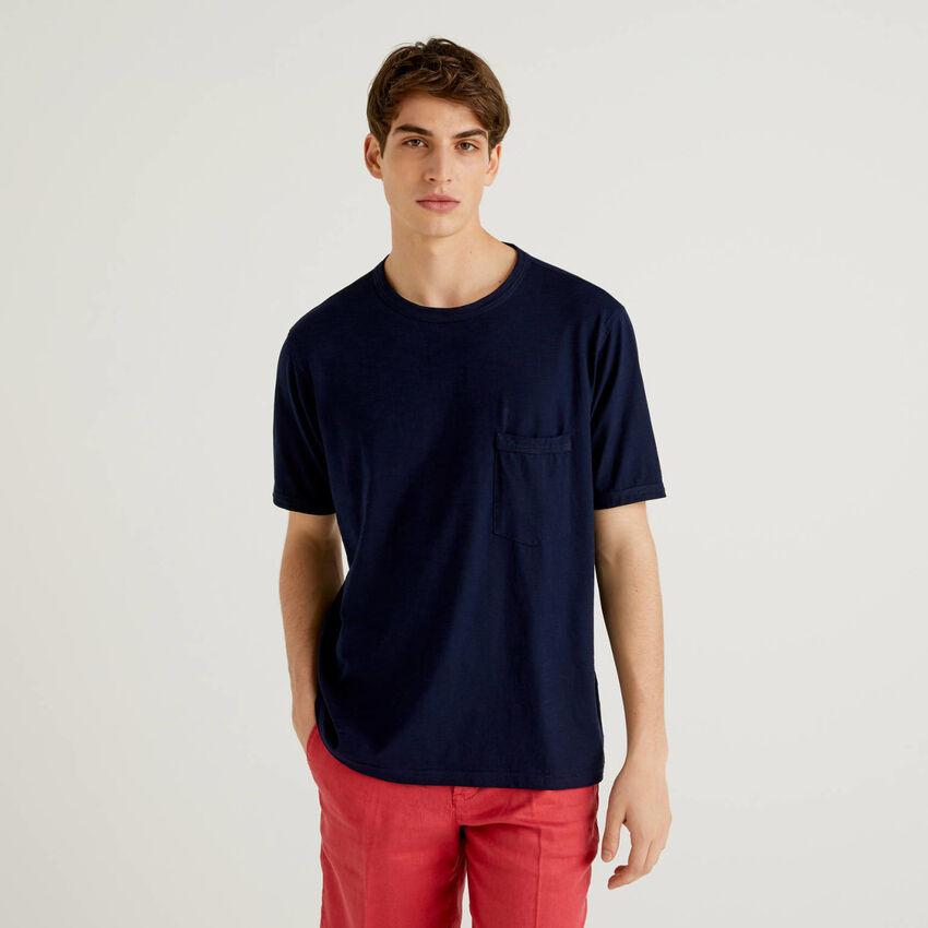 Camiseta de algodón con bolsillo