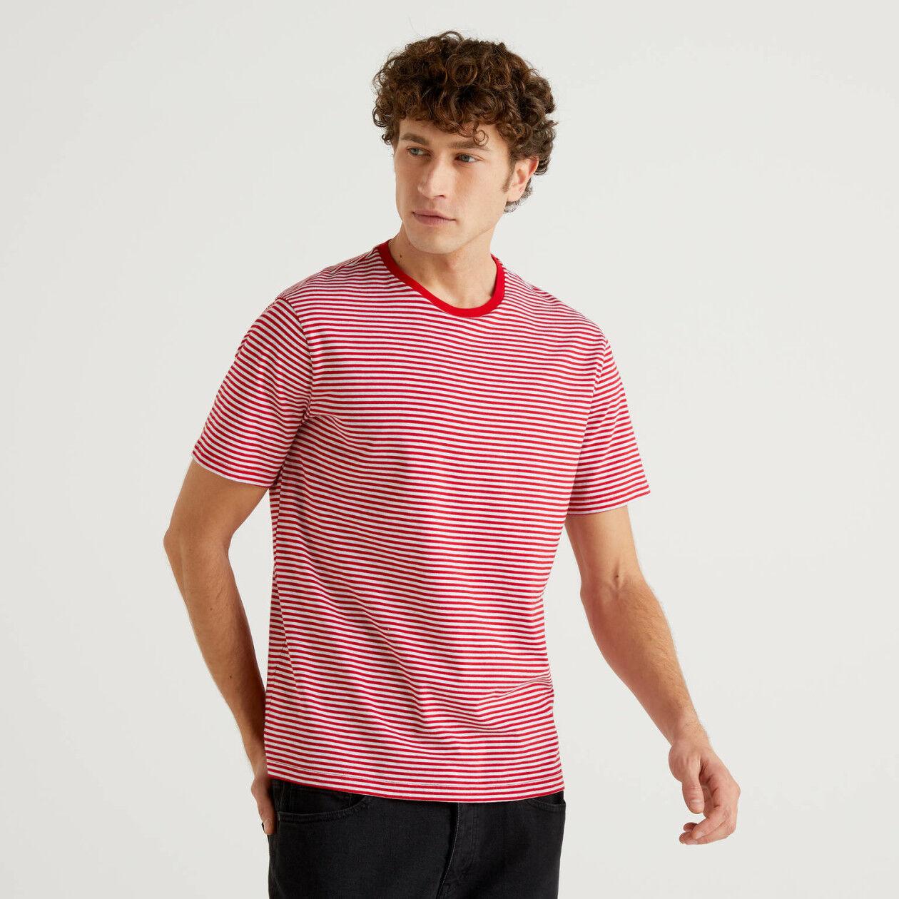 Camiseta de rayas bicolores