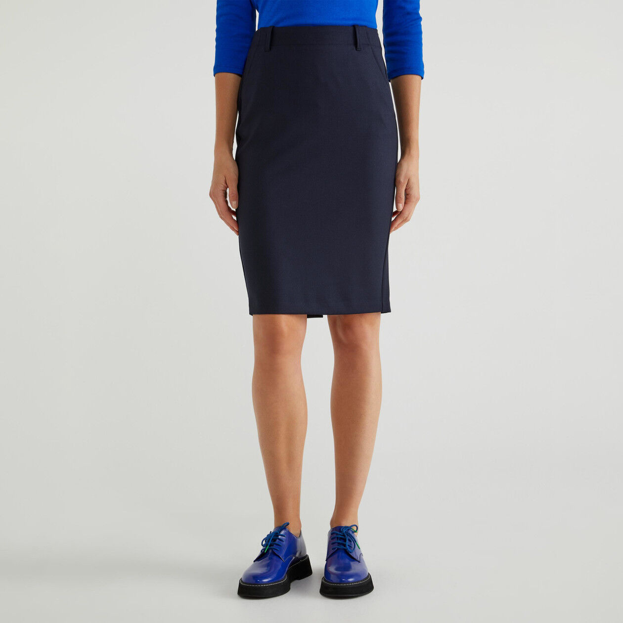 Falda de tubo de lana fría