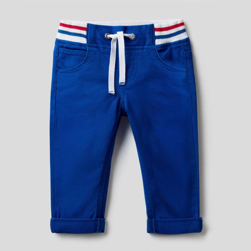 Pantalón de algodón elástico con cordón de ajuste