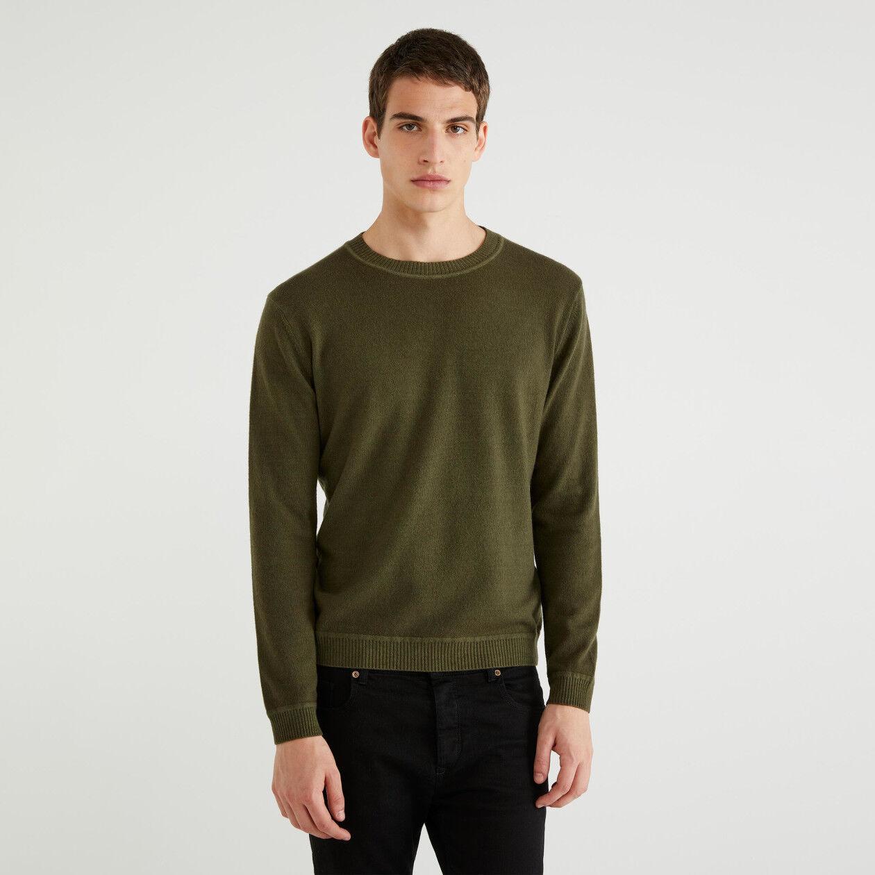 Jersey de lana de cuello redondo