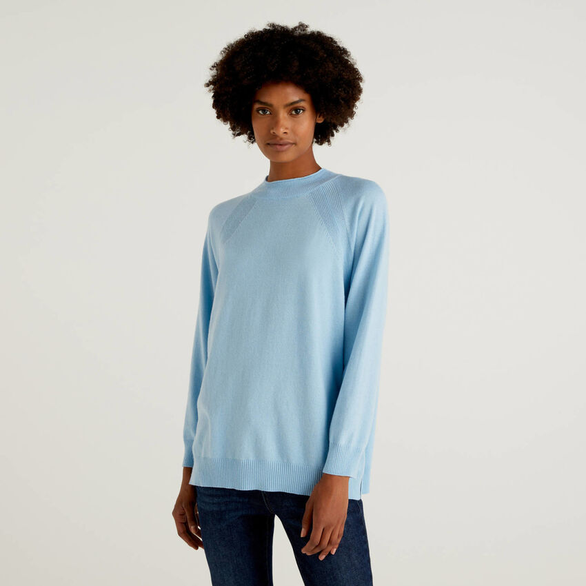 Jersey azul en mezcla de lana y cachemira