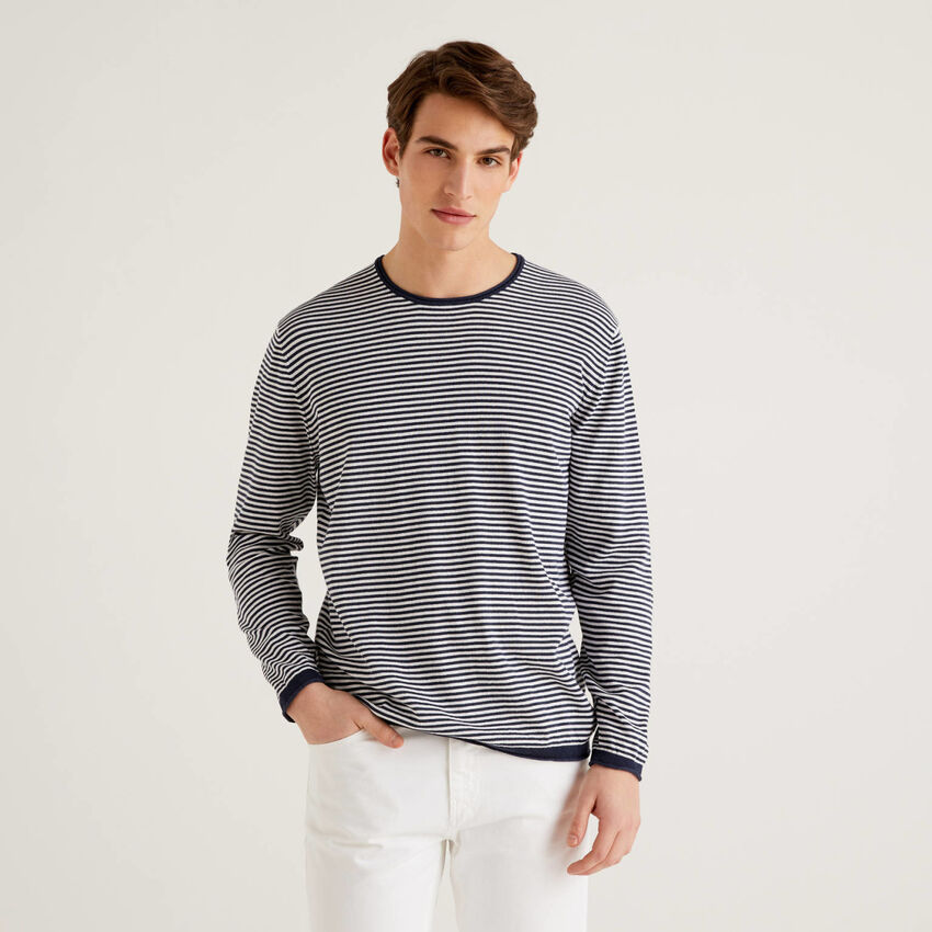 Jersey de rayas finas con cuello redondo