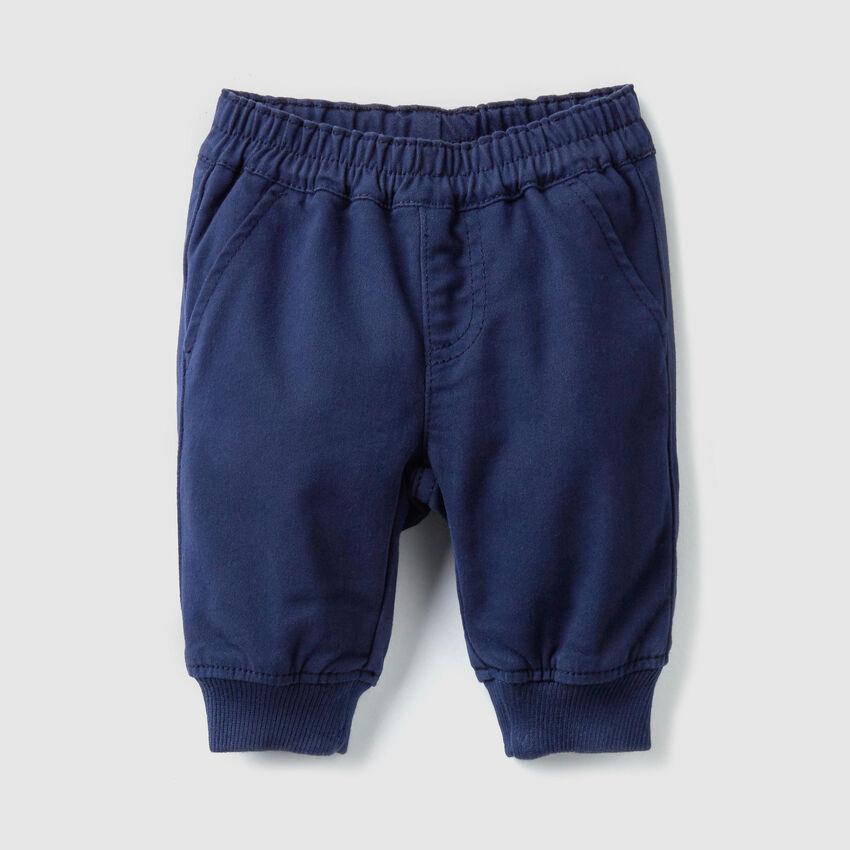 Pantalón de raso elástico