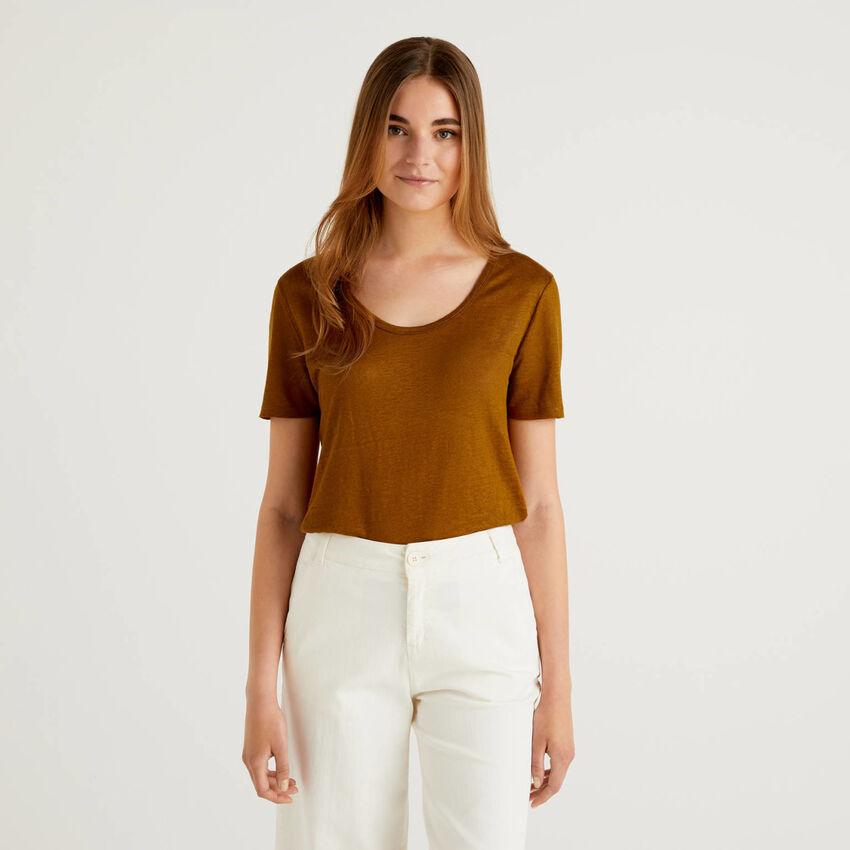 Camiseta de cuello redondo de 100% lino