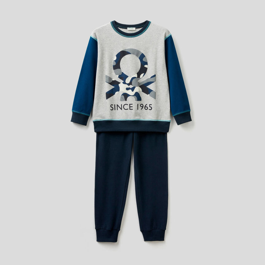 Pijama de algodón elástico con estampado