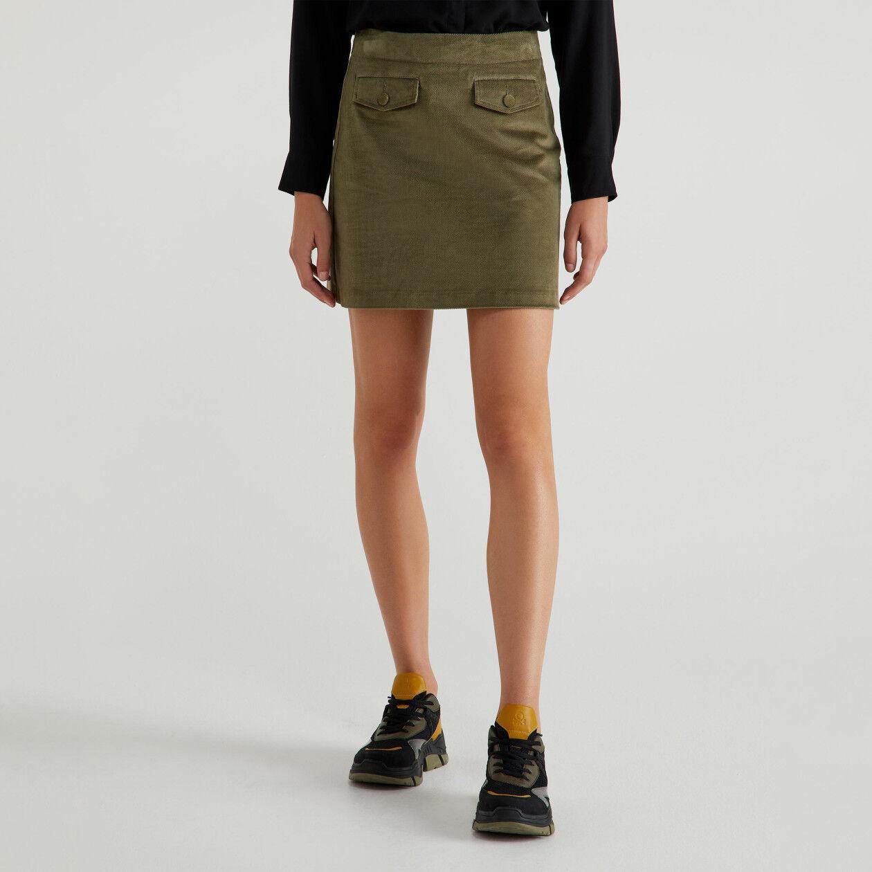 Minifalda de terciopelo