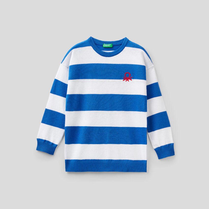 Jersey de rayas con logotipo