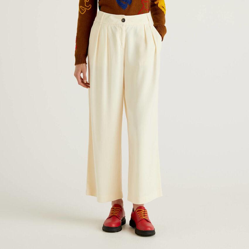 Pantalón de corte culotte