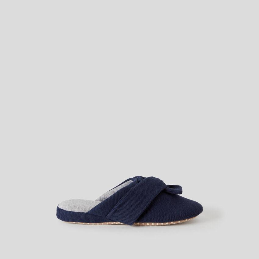 Zapatillas con lazo