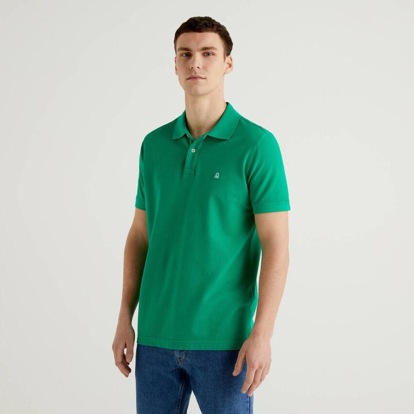 Polo clásico verde personalizable