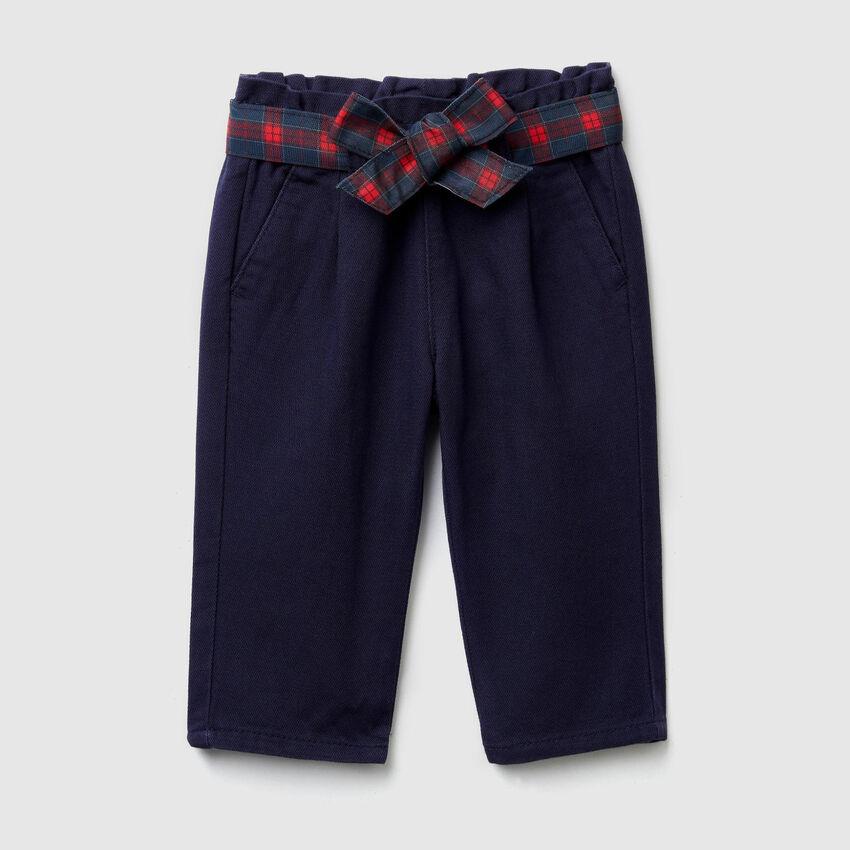 Pantalón con fajín