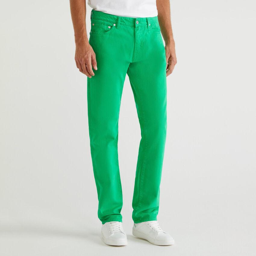 Pantalón con cinco bolsillos