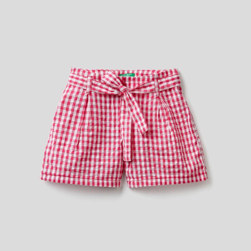 Pantalón corto con estampado de Vichy
