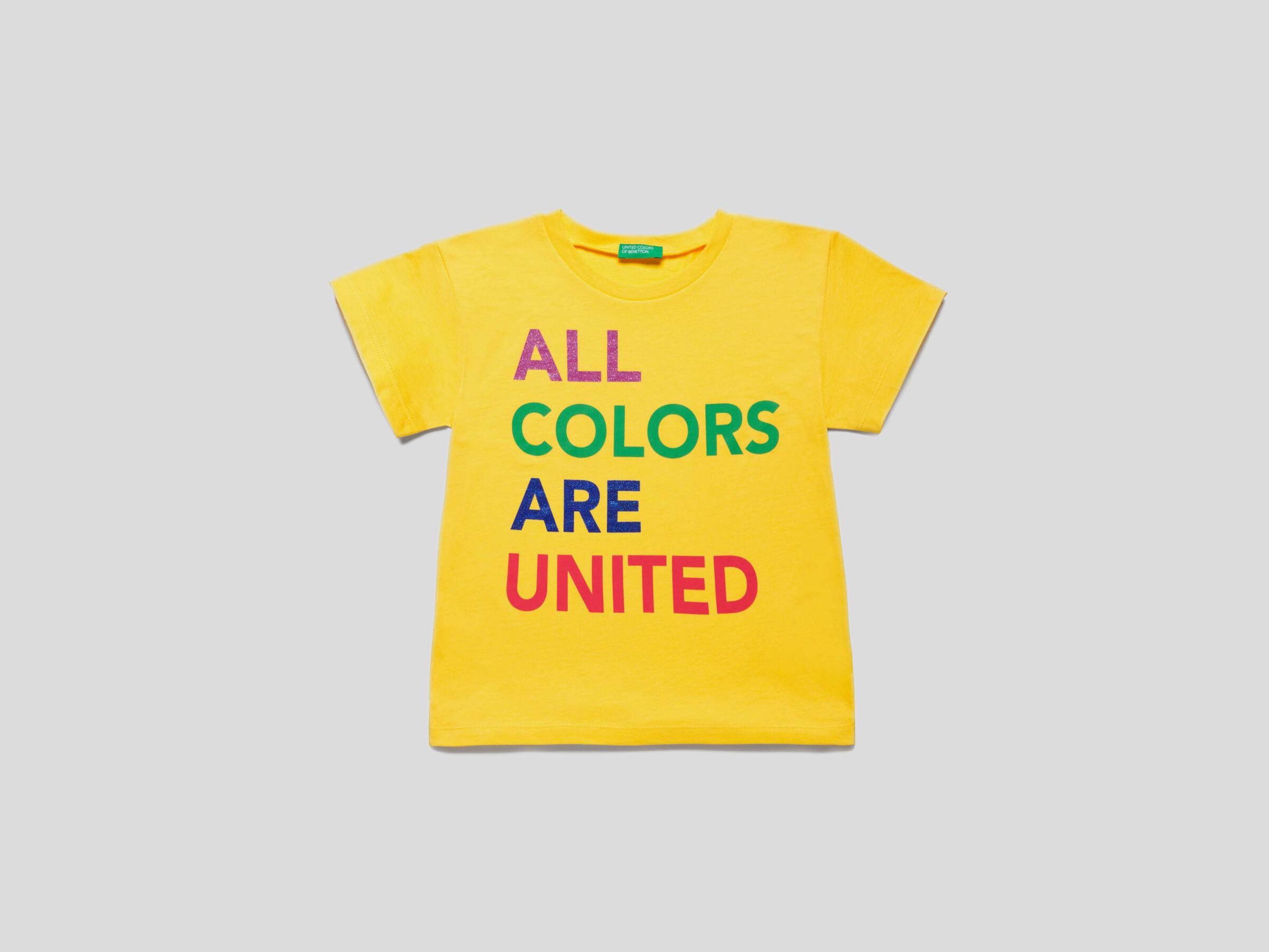 Camiseta con logotipo multicolor image number null