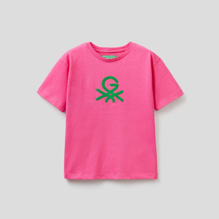 Camiseta fucsia unisex by Ghali con estampado