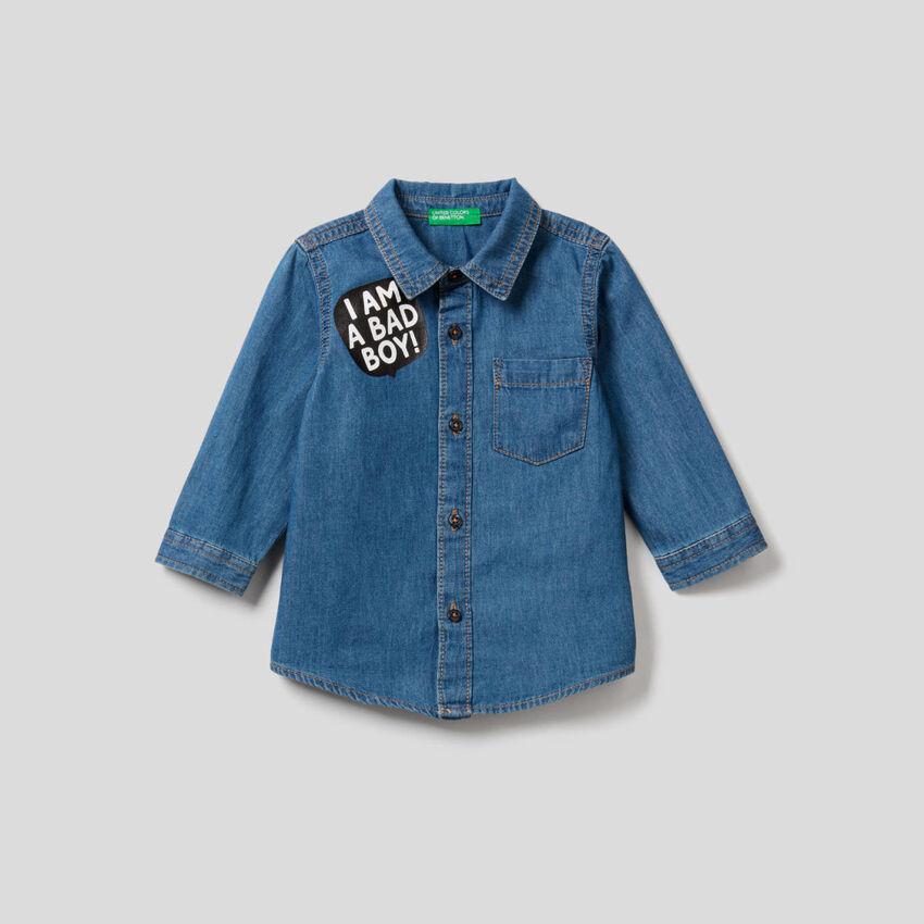 Camisa vaquera de 100 % algodón ligero