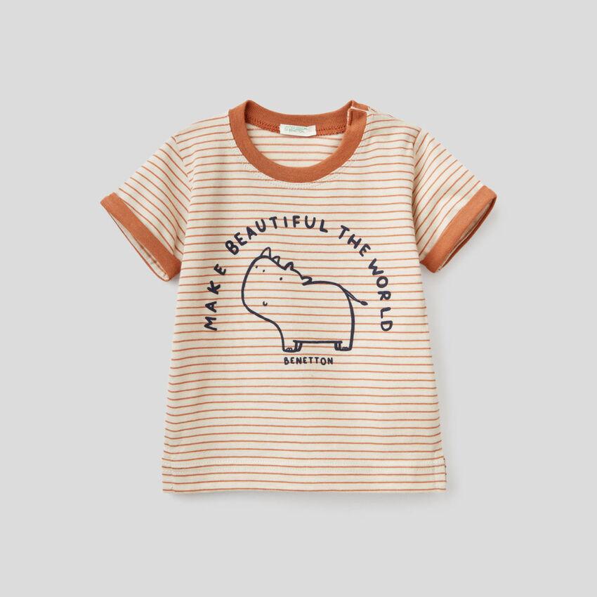 Camiseta de rayas de 100 % algodón orgánico